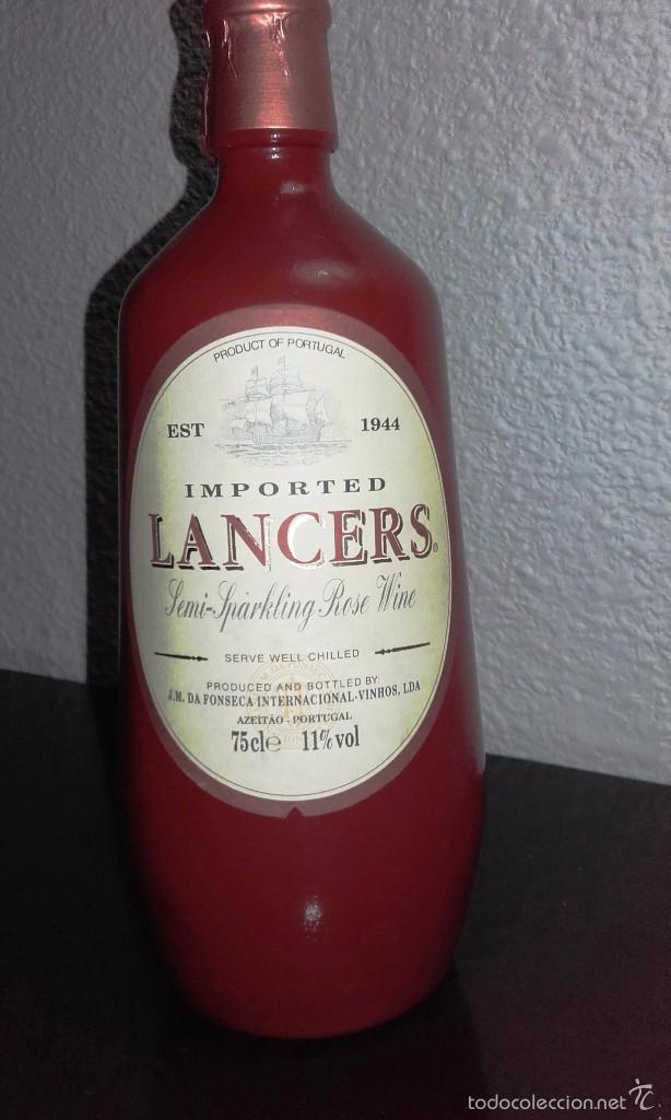 Coleccionismo de vinos y licores: VINO LANCERS ROSÉ SEMI-ESPUMOSO - VINO PORTUGUÉS - Foto 2 - 58643444