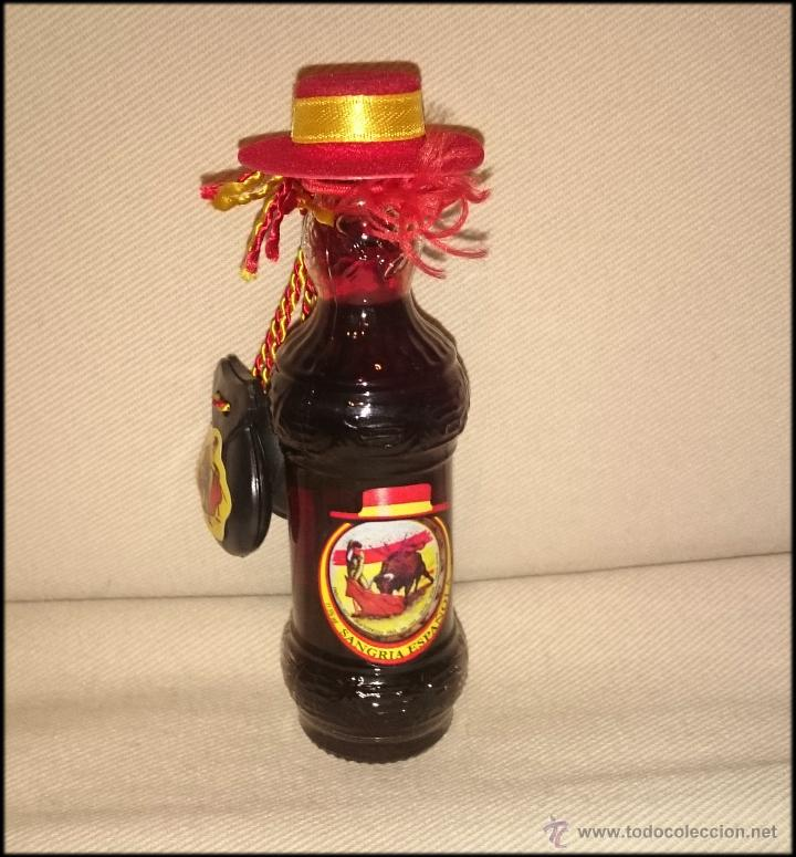 MINI BOTELLA SANGRÍA ESPAÑOLA (Coleccionismo - Botellas y Bebidas - Vinos, Licores y Aguardientes)