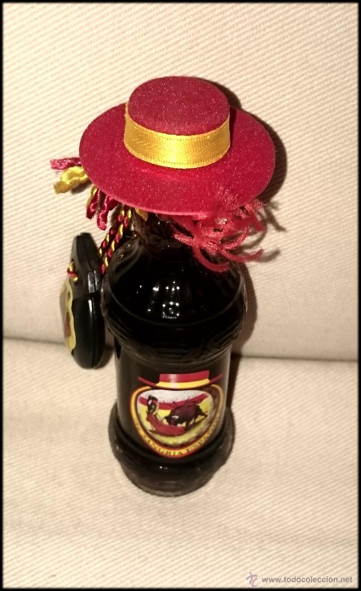 Coleccionismo de vinos y licores: Mini botella Sangría Española - Foto 2 - 61782100
