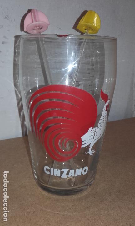 ANTIGUO VASO MEZCLADOR - MEDIDOR CINZANO CON AGITADOR (Coleccionismo - Botellas y Bebidas - Vinos, Licores y Aguardientes)
