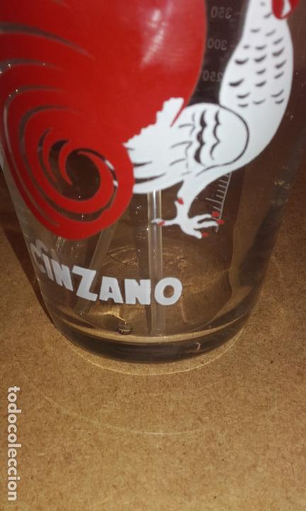 Coleccionismo de vinos y licores: ANTIGUO VASO MEZCLADOR - MEDIDOR CINZANO CON AGITADOR - Foto 2 - 64678403