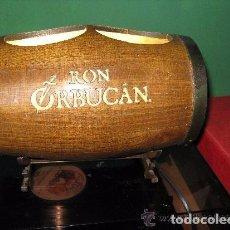 Coleccionismo de vinos y licores: TONEL EXPOSITOR CON LUZ DE RON ORBUCAN PUERTO RICO. Lote 66824198