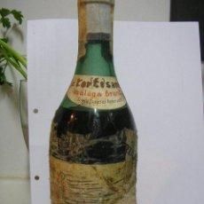 Coleccionismo de vinos y licores: BONITA BOTELLA BRANDY CORTESANO CORCHO. Lote 81964767