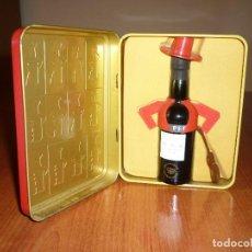 Coleccionismo de vinos y licores: CAJA TIO PEPE 1934-1999 COMPLETA CON BOTELLA - EN PERFECTO ESTADO . Lote 67542185