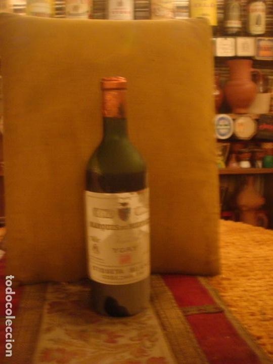 Coleccionismo de vinos y licores: ANTIGUA BOTELLA DE VINO DE RIOJA MARQUES DE MURRIETA. ETIQUETA BLANCA. COSECHA 1967 - Foto 4 - 68849909