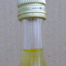 Coleccionismo de vinos y licores: BOTELLIN MANDARINE MARIE BRIZARD. Lote 69001529