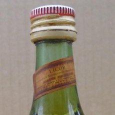 Coleccionismo de vinos y licores: BOTELLIN BENEDICTINE SIN ABRIR. Lote 69921233