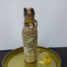 Coleccionismo de vinos y licores: BOTELLIN TEQUILA AZTECA ORIGINAL SIN ABRIR. Lote 86508731