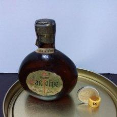 Coleccionismo de vinos y licores: BOTELLIN SIN ABRIR VINO BLANCO SAN FELIPE ARGENTINA. Lote 71200741