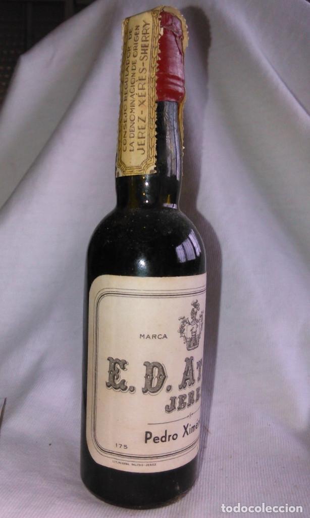 Coleccionismo de vinos y licores: Botellín de Pedro Ximénez Superior,Bodegas E.D. Atané,Jerez,175.Botella antigua en miniatura.A1225. - Foto 2 - 73591199