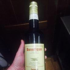 Coleccionismo de vinos y licores: RARA BOTELLA LARIOS BENEFIQUE SOLERA 1866 NUEVA. Lote 75938206