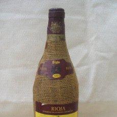 Coleccionismo de vinos y licores: BOTELLA DE VINO SIGLO, RIOJA, RESERVA 1973. Lote 75990631
