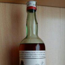 Coleccionismo de vinos y licores: BOTELLA BRANDY FUNDADOR. PEDRO DOMENCQ, JERES DE LA FRONTERA CADIZ. PRECINTO 4 PESETAS. Lote 77429441