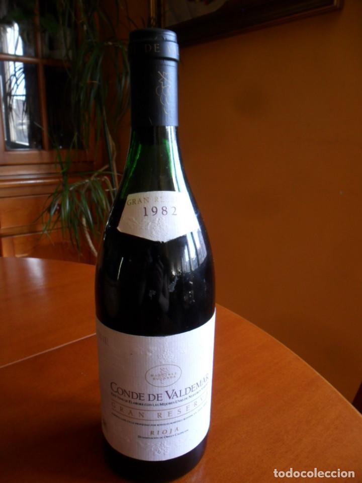 BOTELLA DE VINO RIOJA CONDE DE VALDEMAR GRAN RESERVA COSECHA DE 1982 - MARTINEZ BUJANDA (Coleccionismo - Botellas y Bebidas - Vinos, Licores y Aguardientes)