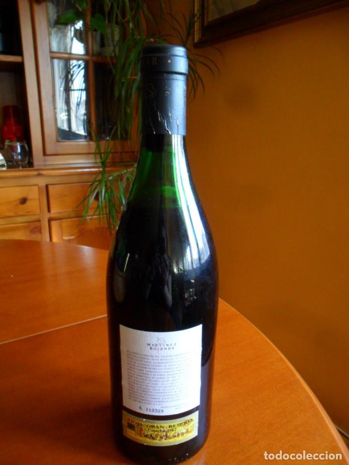 Coleccionismo de vinos y licores: BOTELLA DE VINO RIOJA CONDE DE VALDEMAR GRAN RESERVA COSECHA DE 1982 - MARTINEZ BUJANDA - Foto 5 - 78513333