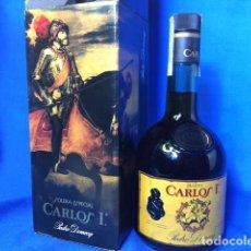 Coleccionismo de vinos y licores: BOTELLA BRANDY CARLOS I. PEDRO DOMECQ. IMPECABLE. . Lote 79595341