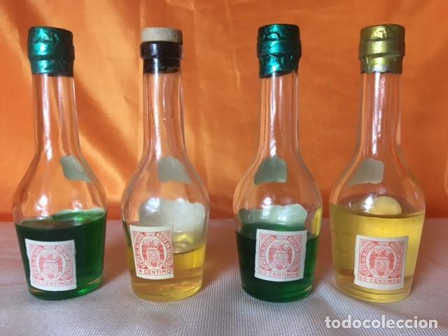 Coleccionismo de vinos y licores: 4 BOTELLITAS DE LICOR IZARRA SELLO 50 CENTIMOS - Foto 3 - 80268841