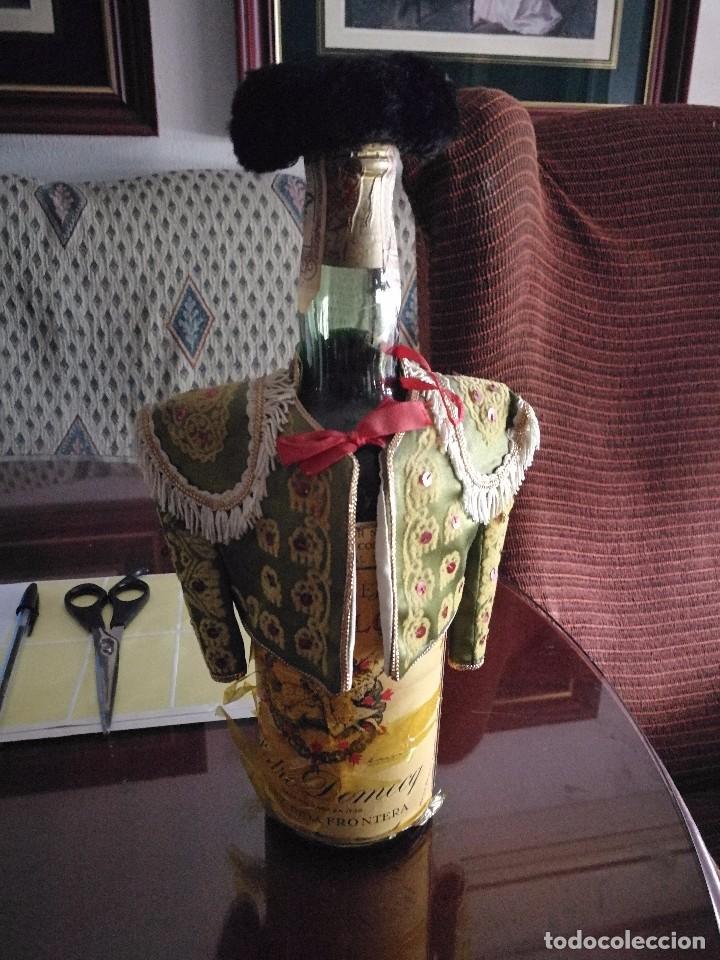 BOTELLA BRANDY CARLOS I AÑOS 50 (Coleccionismo - Botellas y Bebidas - Vinos, Licores y Aguardientes)