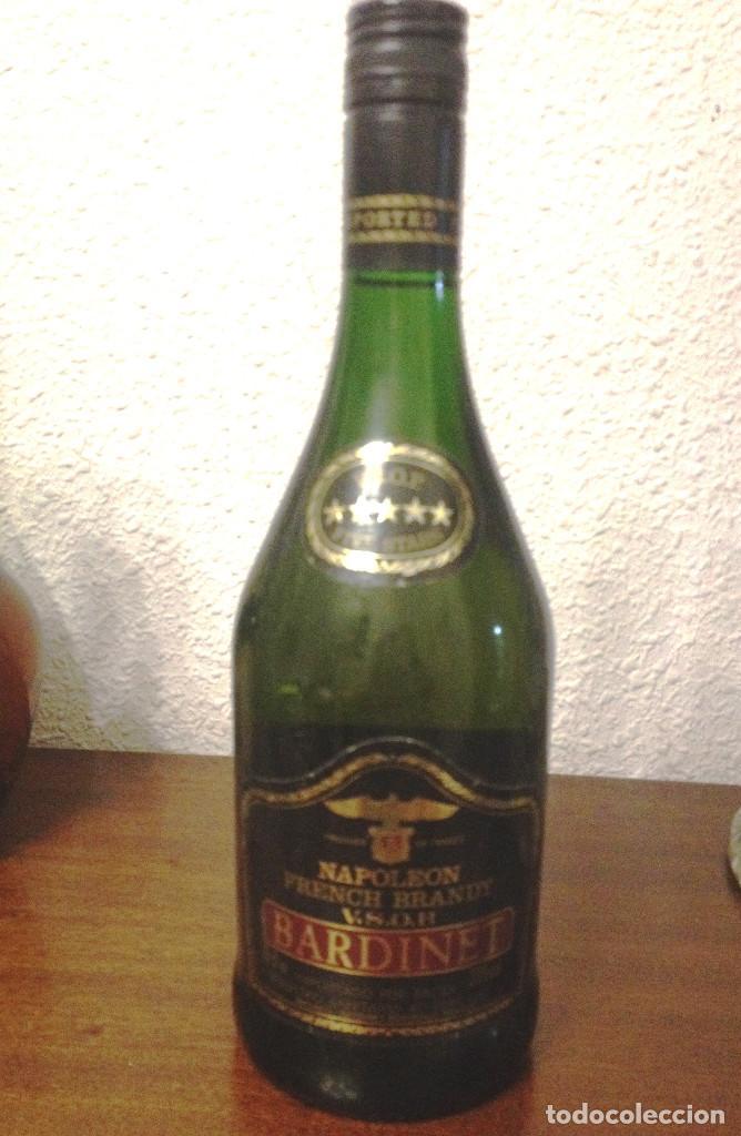 Coleccionismo de vinos y licores: BRANDY NAPOLEON VSOP- BARDINET- ( France) Con sello y etiquetas sin abrir. - Foto 2 - 82988572