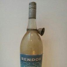 Coleccionismo de vinos y licores: ANTIGUA BOTELLA ANISETTE BENDOR. Lote 83031955
