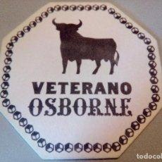 Coleccionismo de vinos y licores: POSAVASOS VETERANO OSBORNE. Lote 84423976
