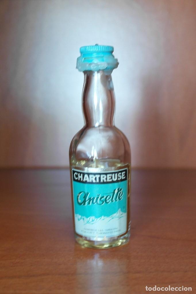 BOTELLÍN DE ANISETTE CHARTREUSE, TARRAGONA (Coleccionismo - Botellas y Bebidas - Vinos, Licores y Aguardientes)