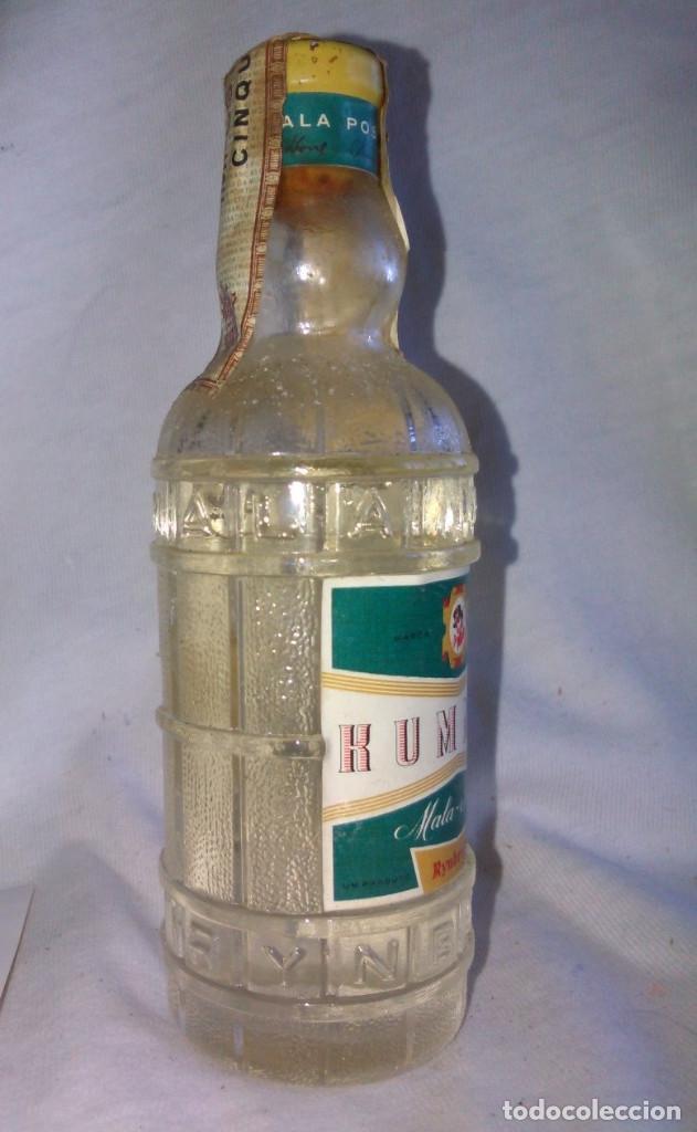 Coleccionismo de vinos y licores: Botellín de Rummel. Mala Posta, Rynbende. Fabricado em Portugal. Botella en miniatura. A3115. - Foto 2 - 84473800