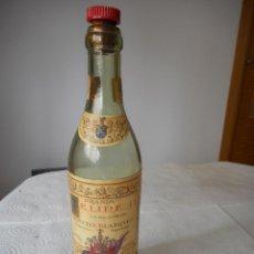 Coleccionismo de vinos y licores: BOTELLA BRANDY FELIPE II. BODEGAS AGUSTÍN BLÁZQUEZ. JEREZ DE LA FRONTERA. AÑOS 60. Lote 85151760