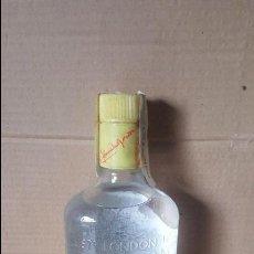 Coleccionismo de vinos y licores: ANTIGUA GINEBRA GORDONS. Lote 85343260