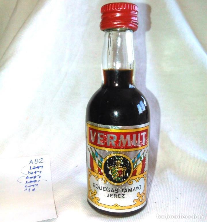 BOTELLIN DE VERMUT, BODEGAS TAMAYO JEREZ. BOTELLITA ANTIGUA, BOTELLA EN MINIATURA. ANTIGUO. A8228. (Coleccionismo - Botellas y Bebidas - Vinos, Licores y Aguardientes)