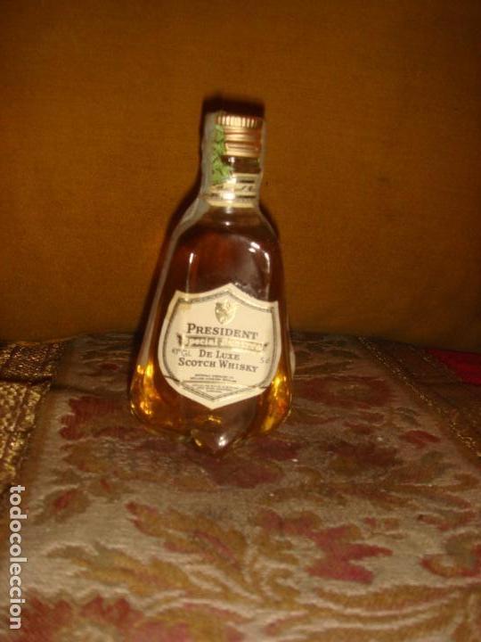 """ANTIGUO BOTELLIN """"PRESIDENT"""" SPECIAL RESERVE DE LUXE SCOTCH WHISKY. C1970 (Coleccionismo - Botellas y Bebidas - Vinos, Licores y Aguardientes)"""