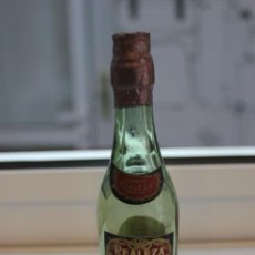 Coleccionismo de vinos y licores: BOTELLIN DE BRANDY VIEJO REALEZA. DESTILADO DE LOS MEJORES VINOS DE MALAGA. BOTELLITA. 12,5 CMS. Lote 87580372