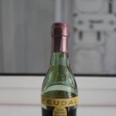 Coleccionismo de vinos y licores: BOTELLÍN FEUDAL, BRANDY, VALDESPINO, JEREZ. 12 CMS. Lote 87686808