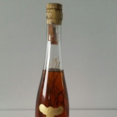 Coleccionismo de vinos y licores: BOTELLA BRANDY VENCEDOR ESCARCHADO VICENTE SUSO DE ZARAGOZA . Lote 92415579
