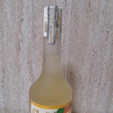 Coleccionismo de vinos y licores: BOTELLA GOLDEN SAY MELOCOTON CALISAY, ARENYS DE MAR, LIGHT FRUITS. Lote 95533891