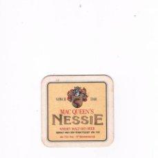Coleccionismo de vinos y licores: POSAVASOS ANTIGUO MAC QUEEN´S NESSIE WHISKY MALT RED BEER. Lote 96861195