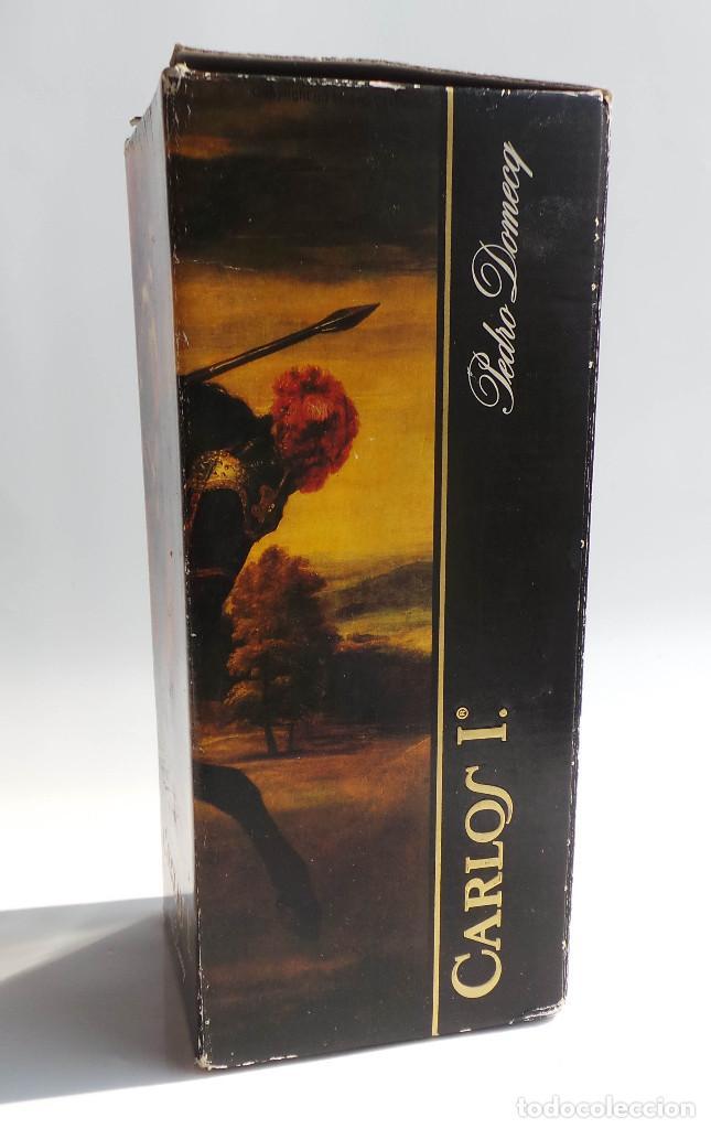 Coleccionismo de vinos y licores: BOTELLA BRANDY CARLOS I - PRECINTO 8 PESETAS - 750ML - Foto 10 - 97611935
