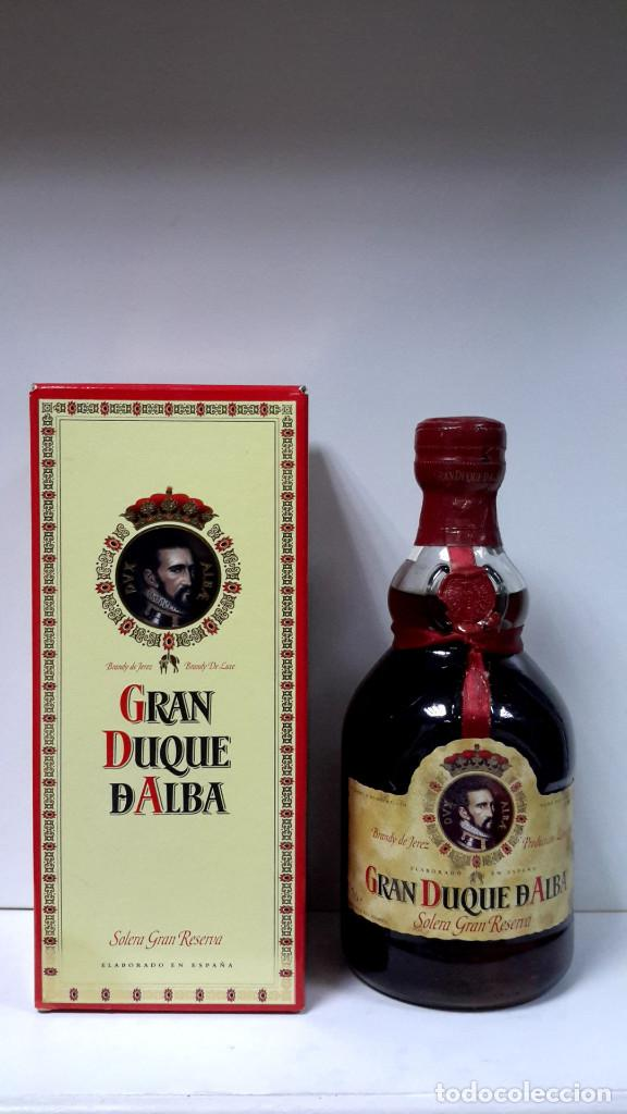 BOTELLA BRANDY GRAN DUQUE DE ALBA-SOLERA GRAN RESERVA AÑOS 70 (Coleccionismo - Botellas y Bebidas - Vinos, Licores y Aguardientes)