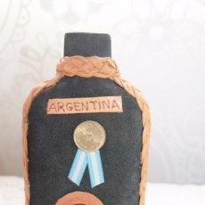 Coleccionismo de vinos y licores: PETACA ARTESANAL DE ARGENTINA-VINTAGE. Lote 197258722