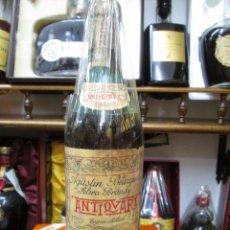 Coleccionismo de vinos y licores: ANTIGUA BOTELLA BRANDY COÑAC ANTIQUARY DE 1880 AGUSTÌN BLAZQUEZ DECADA DE LOS AÑOS 50-60. Lote 103211163