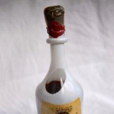 Coleccionismo de vinos y licores: BOTELLA CONDE DE OSBORNE EDICIÓN ESPECIAL DISEÑADA ORIGINALMENTE EN 1964 (BOTELLA DE 1980). Lote 104308855