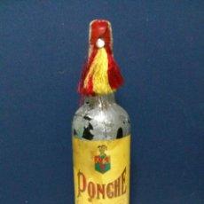 Coleccionismo de vinos y licores: ANTIGUA BOTELLA DE PONCHE - EDUARDO DELAGE - JEREZ - 1 L - PRECINTADA Y LLENA. Lote 210358028