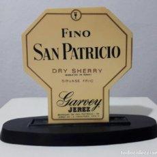 Coleccionismo de vinos y licores: ANTIGUO SERVILLETERO FINO SAN PATRICIO GARBEY JEREZ. Lote 105045431