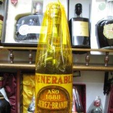 Coleccionismo de vinos y licores: ANTIGUA BOTELLA BRANDY COÑAC, VENERABLE AÑO 1888 IMPUESTO DE 4 PTS, DECADA 60-70. Lote 106590007