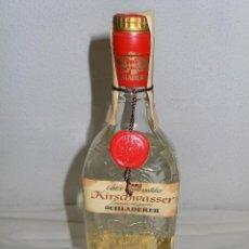Coleccionismo de vinos y licores: ANTIGUA BOTELLA DE KIRSCH KIRSCHWASSER DE SCHLADERER. Lote 107318151