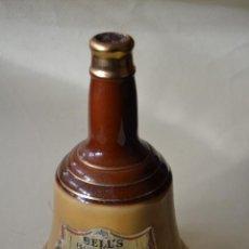 Coleccionismo de vinos y licores: BOTELLA DE WHISKY BELLS LLENA. Lote 107666567