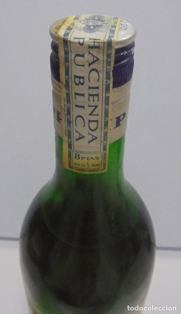 Coleccionismo de vinos y licores: BOTELLA DE ABSENTA 68. lE VRAI ABSINTHE. 60º. CERRADA. 1 LITRO. VER FOTOS. - Foto 3 - 108967259