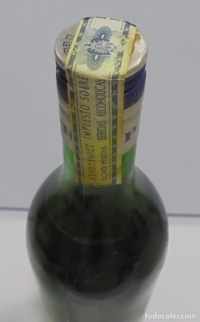 Coleccionismo de vinos y licores: BOTELLA DE ABSENTA 68. lE VRAI ABSINTHE. 60º. CERRADA. 1 LITRO. VER FOTOS. - Foto 8 - 108967259