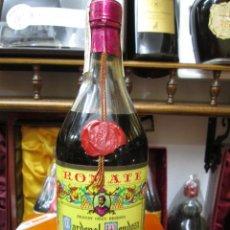 Coleccionismo de vinos y licores: ANTIGUA BOTELLA BRANDY COÑAC, CARDENAL MENDOZA, IMPUESTO DE 4 PTS, DECADA 60-70 JEREZ ESPAÑA. Lote 109391647