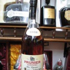Coleccionismo de vinos y licores: ANTIGUA BOTELLA BRANDY COÑAC, PRUNIER V.S.O.P. FINE COGNAC FRANCIA.. Lote 109493491